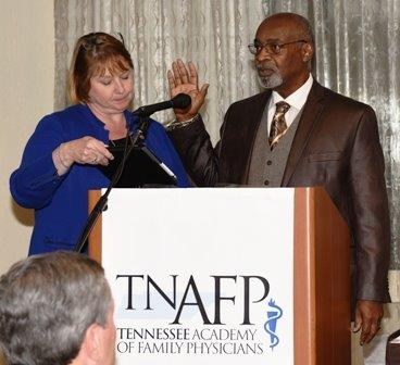2015 Ann Mtng Jones Sworn In By Filer for Prez Corner_Website